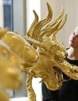 Bộ tượng đầu 12 con giáp bán được 4.3 triệu USD