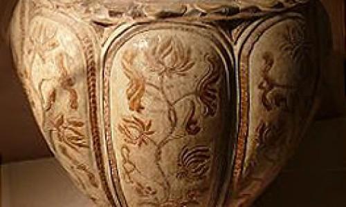 Gốm cổ việt nam : truyền thống và lịch sử