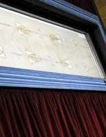 Turin: Tấm vải liệm thi thể Chúa Giê-su gây tranh cãi khi chứa ADN từ khắp thế giới