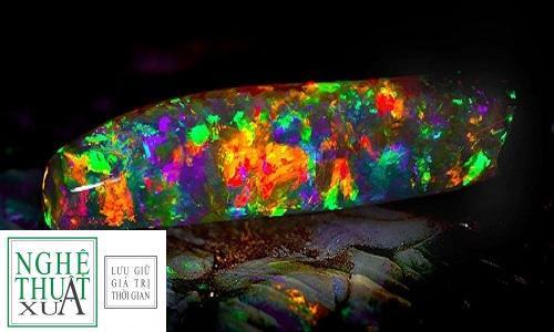 vne-unusual-rock-sparks-panda-5480-2717-1445498351