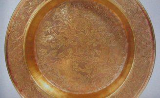Chậu quán tẩy bằng vàng thời Nguyễn
