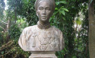 Những bức tượng ông Petrus Ký