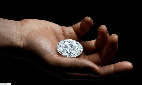 Viên kim cương trắng hoàn hảo 102,39-Carat sẽ được mang ra đấu giá vào tháng 10-2020