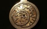 Đồng hồ thiên văn cổ 'tái xuất'