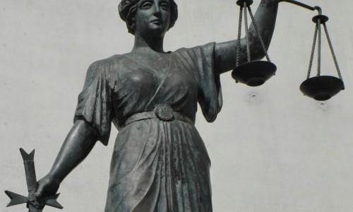 Nguồn gốc của biểu tượng Nữ thần công lý