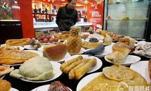 Khám phá bữa tiệc độc đáo với 108 món ăn làm từ…đá