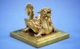 Hình ảnh linh vật Việt Nam trên các món đồ cổ – Triển lãm Linh vật Việt Nam tại bảo tàng LSQG