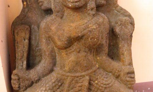 Những cú lừa trong thế giới đồ cổ – kỳ 5 : Đồ cổ giả ung dung vào… bảo tàng
